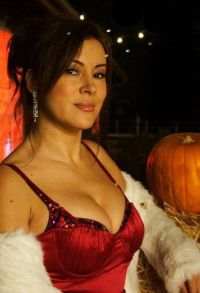 Jennifer_Tilly_Pic_1.jpg