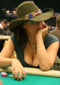 Jennifer_Tilly_Poker_11.jpg