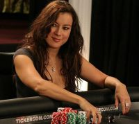 Jennifer_Tilly_Poker_4.jpg